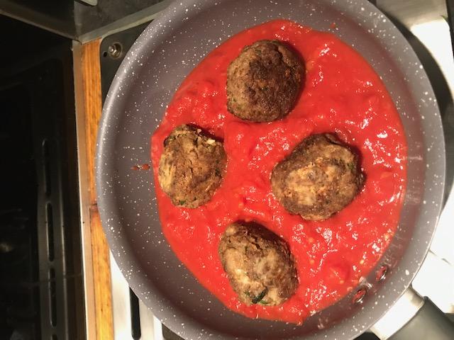 boulettes de bison à la tomate